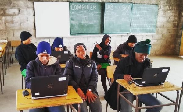 Expanding horizons in Lesotho /img/masaleng-grade-twelve.jpg