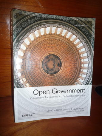 Are ebooks better or worse than paper books? Do (not!) ask the experts! /img/opengov_book.jpg