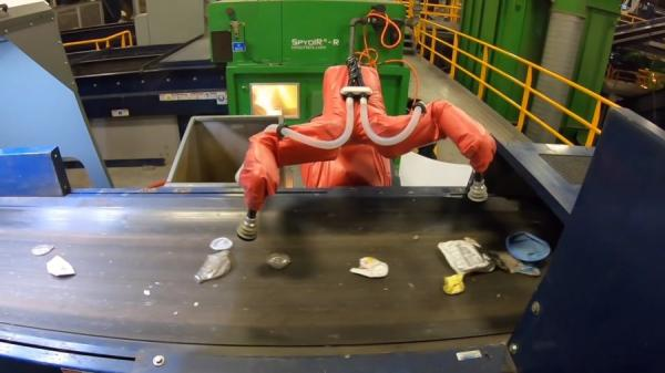 Wrong question: Can Robots Fix Recycling? /img/robot-sorting-waste.jpg