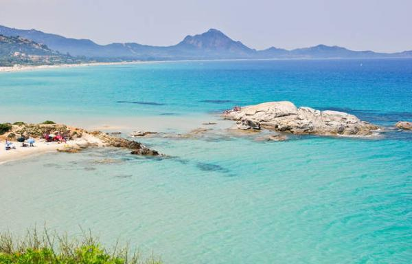 WHO can AFFORD not to fly in 2020? People or companies? /img/spiaggia-santa-giusta-sardegna.jpg